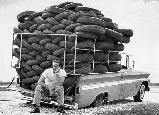 Fixing flat tire, Atlanta Buick Dealer, atlanta cars, atlanta dealers, atlanta gas, atlanta used cars, cars of Atlanta, chevy dealer, dealer in Atlanta, distracted driving, gmc car dealer, new chevy, new GM technology, newnan car dealerships, used cars in Atlanta
