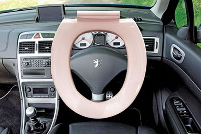 clean steering wheel