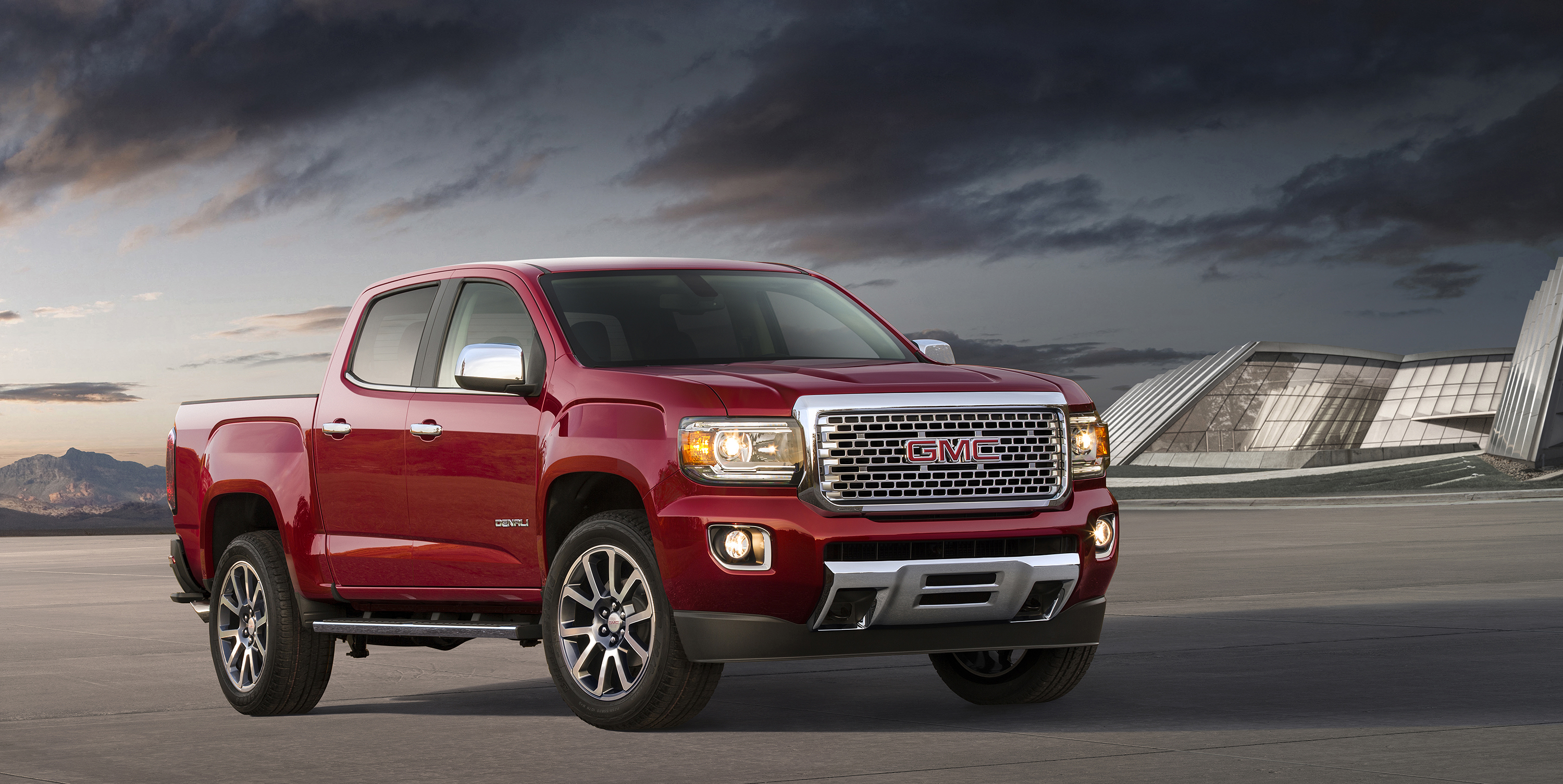 2017 GMC Canyon Denali . © General Motors.