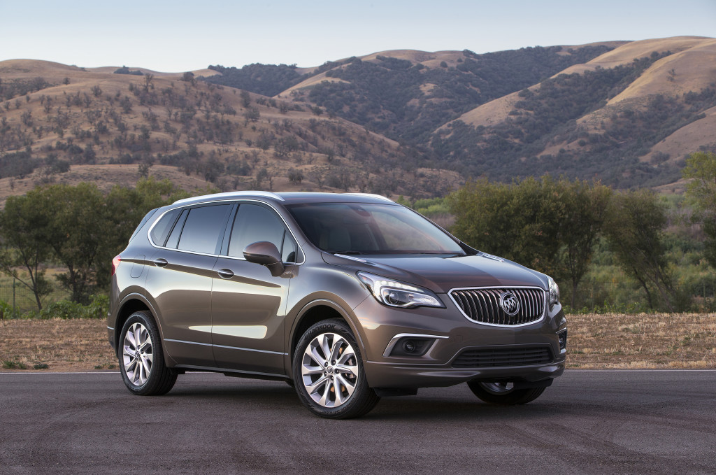 2016 Buick Envision Front 3/4. © General Motors.