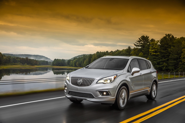 2017 Buick Envision ©️ General Motors